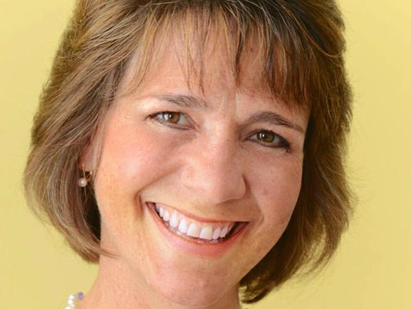 Mary Stelletello